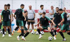 Avaria no avião adia partida da seleção de futebol para a Polónia