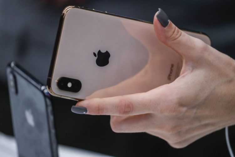 Apple investe 520 ME no fabricante europeu de microprocessadores Dialog