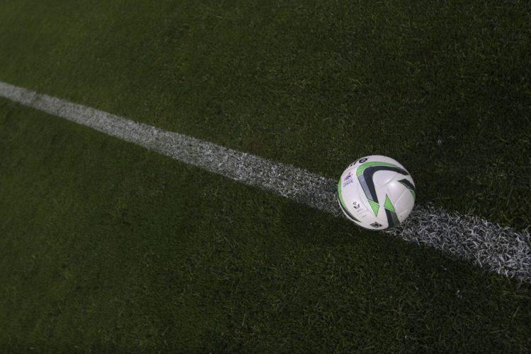 Suspeitas de fraude no futebol belga levam 22 pessoas a tribunal
