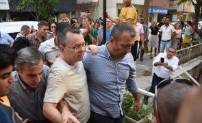 Tribunal turco realiza hoje nova audiência no processo do pastor norte-americano detido