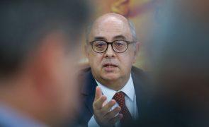 Ministro da Defesa, Azeredo Lopes, demite-se do Governo
