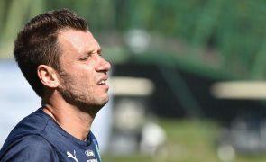 Italiano Cassano anuncia fim da carreira futebolística, aos 36 anos
