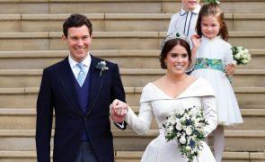 Casamento da Princesa Eugenie e Jack Brooksbank A história de amor da neta da rainha que casou com plebeu sem curso superior