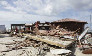 Leslie destruiu restaurantes, casas, apoios de praia e Polícia Marítima na Praia da Vieira
