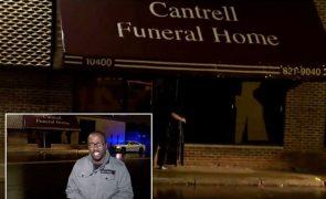 Corpos de 11 bebés encontrados dentro de casa funerária