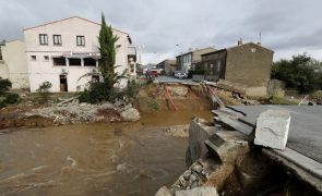 Mortos nas inundações no sudoeste de França são 10 e não 13 - autarquia