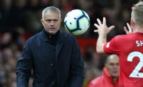 Federação Inglesa de Futebol acusa Mourinho por linguagem imprópria