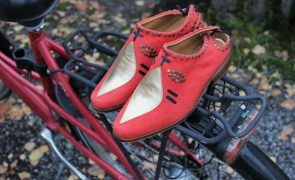 Entrudo é a marca portuguesa que cria sapatos inspirados nos Caretos