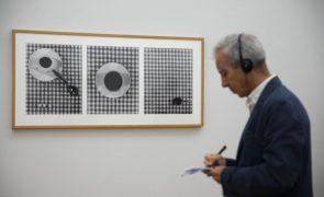 Administração de Serralves nega censura e retirada de obras da mostra de Mapplethorpe