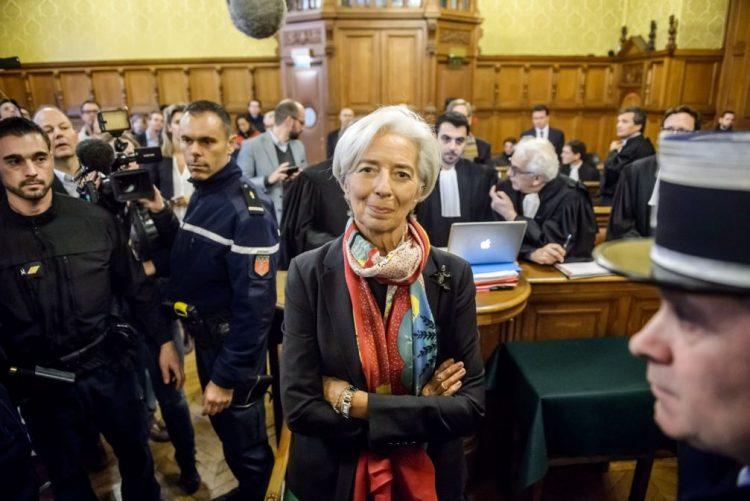 Diretora do FMI considerada culpada por tribunal francês, mas sem punição
