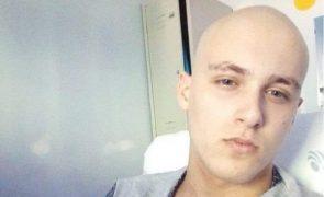 Mãe pede ajuda: «O meu filho Tiago tem 16 anos e um tumor maligno»