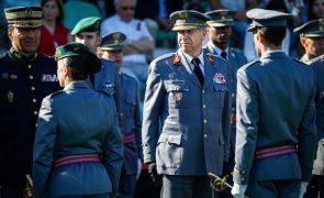 Associação de Oficiais diz que demissão de Rovisco Duarte foi