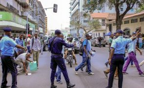 Polícia angolana reprime manifestação de ex-trabalhadores da Casa de Segurança do PR