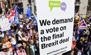 Mais de 100 mil pessoas esperadas em Londres numa marcha por novo referendo sobre Brexit