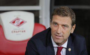 Spartak de Moscovo despede treinador Massimo Carrera