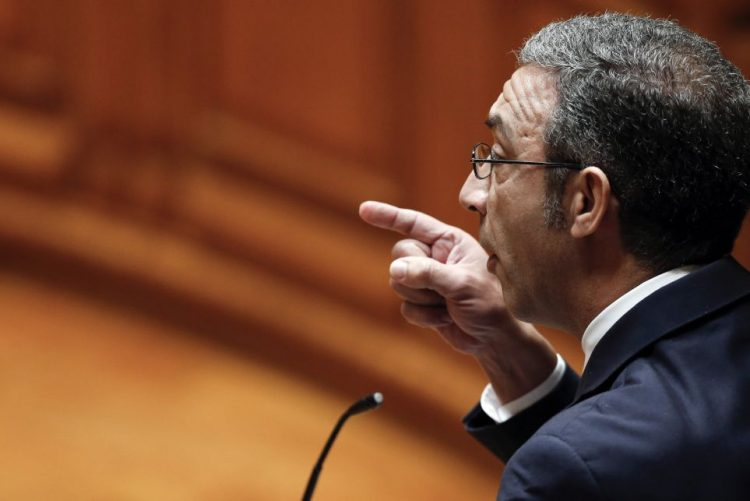 PSD com dúvidas sobre impacto da solução para lesados do GES para contribuintes