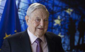 Encontrado engenho explosivo em casa de milionário George Soros em Nova Iorque