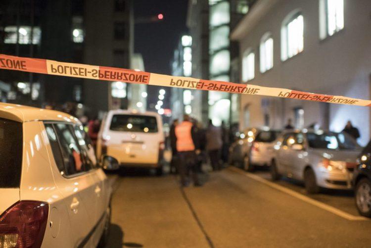 Pelo menos três feridos num tiroteio em Zurique, na Suíça