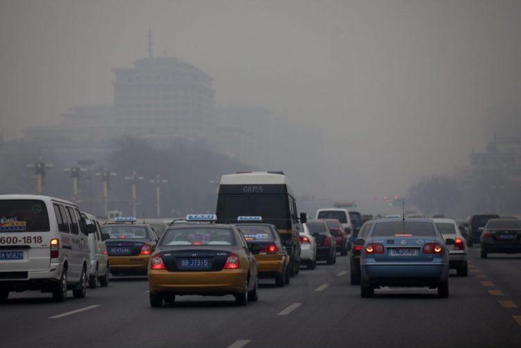 Poluição atmosférica mata 600 mil crianças por ano