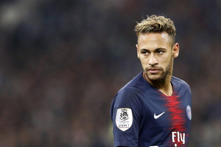 Neymar arrisca seis anos de prisão em Espanha por fraude