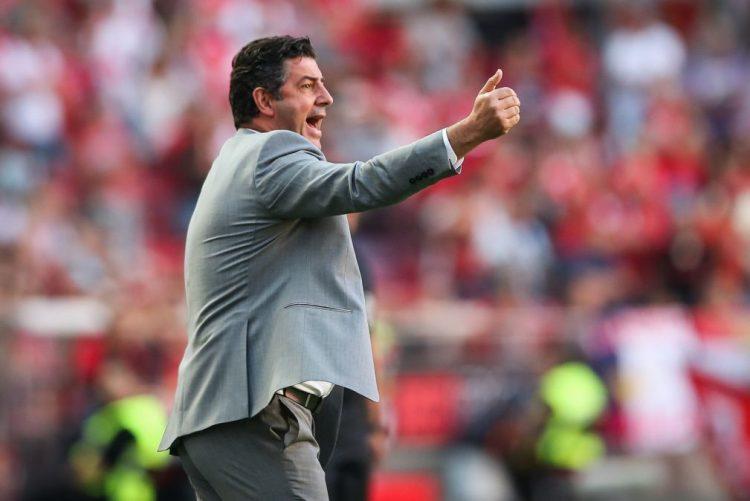 Vitória confirma sondagens, mas esclarece que nunca quis sair do Benfica