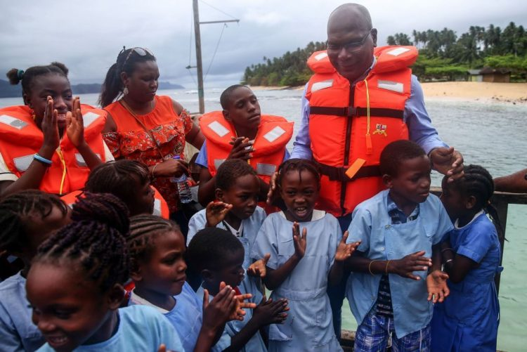 Governante de São Tomé pede