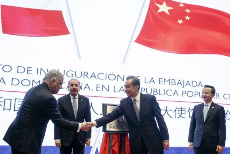 República Dominicana abre embaixada em Pequim