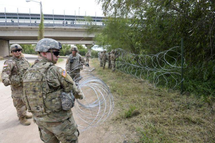 Destacamento militar junto à fronteira com México pode custar 175 ME aos EUA