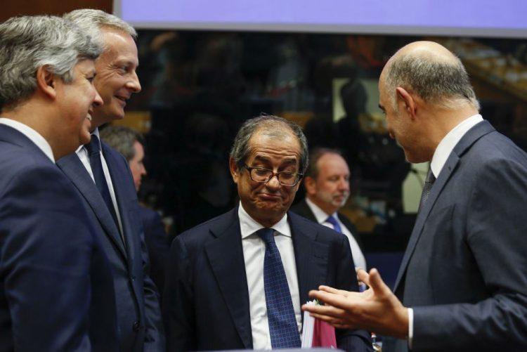 Eurogrupo discute 'chumbo' de orçamento italiano à espera da resposta de Roma