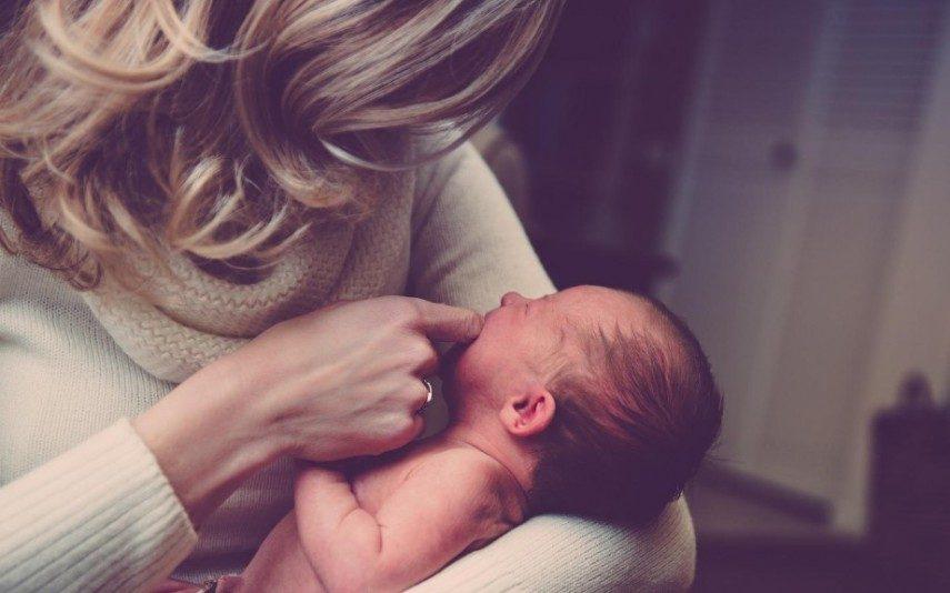 Mães que não gostam dos filhos: «Se tu não tivesses nascido, eu era feliz»