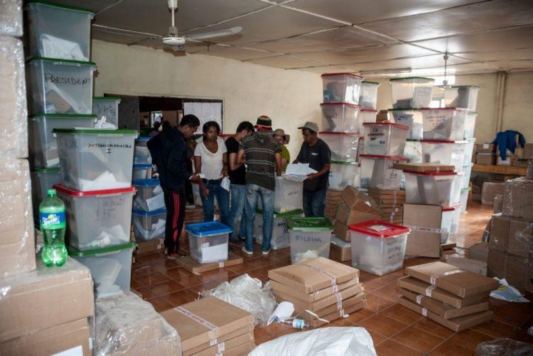 Mais de sete milhões de eleitores escolhem hoje próximo Presidente de Madagáscar