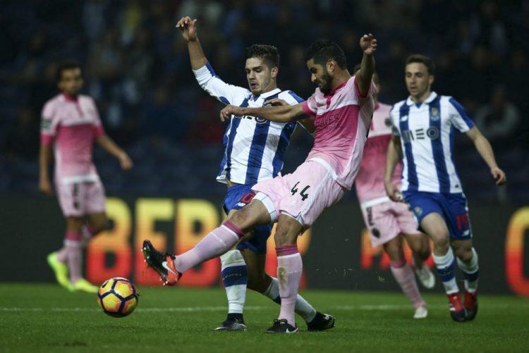 FC Porto vence Desportivo de Chaves com reviravolta no marcador