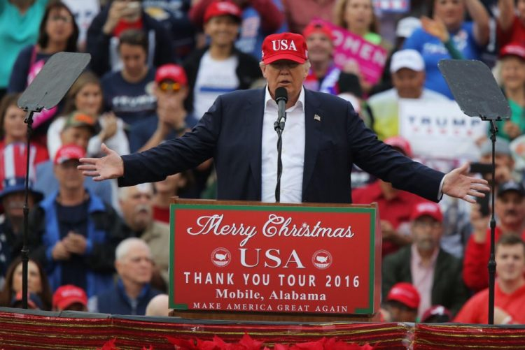 Trump supera os 270 votos no Colégio Eleitoral para ser eleito presidente dos Estados Unidos