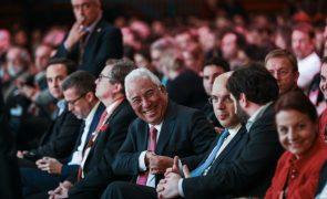 Costa compara resultados com previsões para mostrar que Bruxelas falhou estimativas