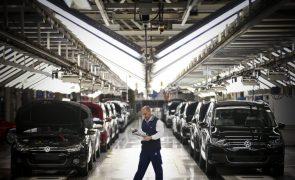 Trabalhadores da Autoeuropa aprovaram novo acordo laboral