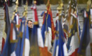 Macron adverte contra nacionalismo, a que chamou