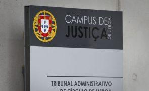 Oliveira e Costa e Arlindo Carvalho brincaram com o dinheiro dos cidadãos - tribunal