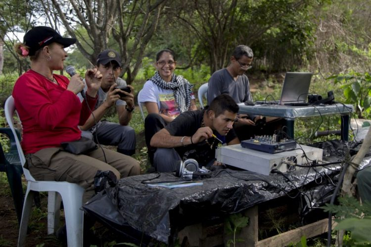 Congresso colombiano inicia discussão da lei de amnistia para as FARC