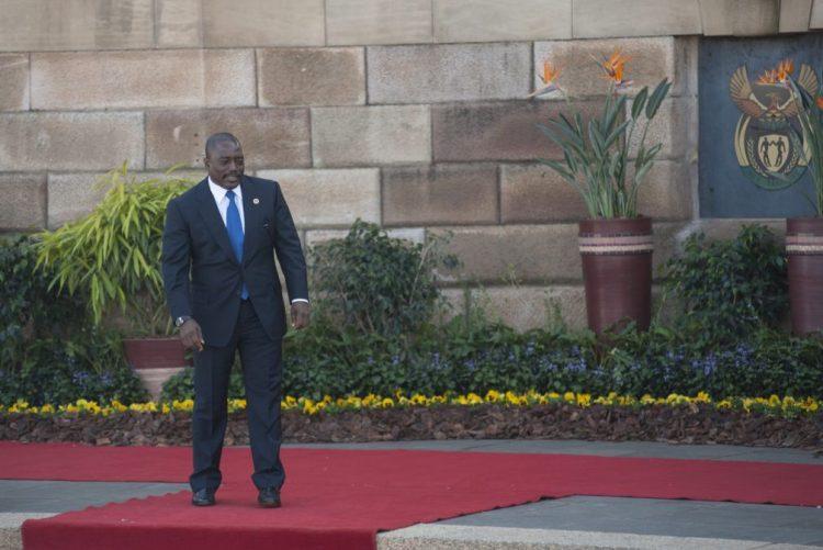 Presidente da RDCongo anuncia novo Governo, tiros em Kinshasa