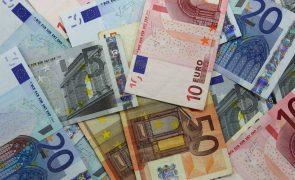 Portugal coloca 1.250 ME com juros a subirem a cinco e a caírem a 10 anos