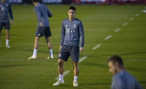 James Rodríguez sofre lesão e deve falhar jogo com o Benfica