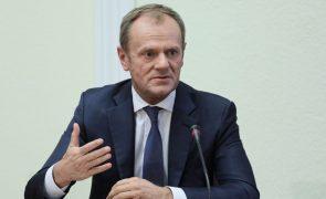 Tusk prevê Conselho Europeu a 25 de novembro para formalizar acordo de Brexit