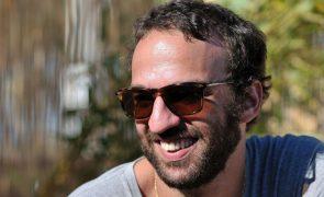 Músico Marcelo Camelo edita hoje a primeira sinfonia