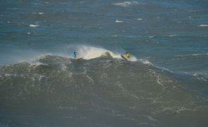 Surfistas portugueses realçam