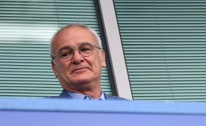 Claudio Ranieri confiante na permanência do Fulham na 'Premier League'