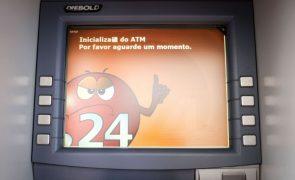 Empresa não sabe quando rede de caixas automáticas voltará a funcionar em Moçambique