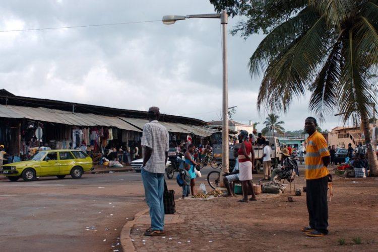 São Tomé corta relações com Taiwan e reconhece República Popular da China