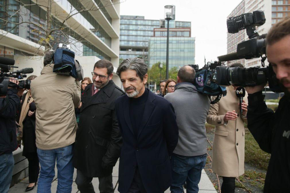 Julgamento do caso de violência doméstica entre Carrilho e Bárbara Guimarães retomado hoje