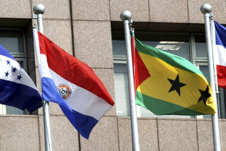 China agradece a São Tomé e Príncipe corte de relações com Taiwan