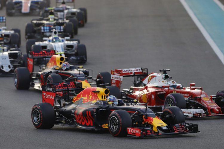 Ricciardo nega Mercedes e garante que continua na Red Bull no próximo Mundial de F1